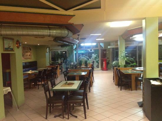 Toscana 2 offenburg restaurant avis num ro de for Piscine offenburg