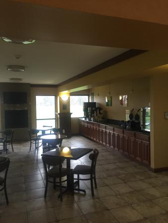 Quality Inn & Suites Greenfield: photo1.jpg