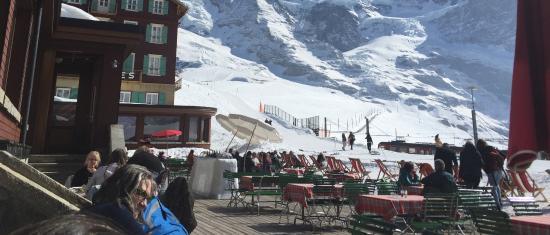 Kleine Scheidegg, Sveits: Terrasse Panorama