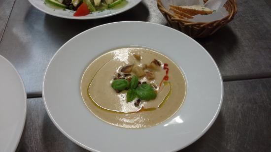 Lichtenfels, Alemania: Knoblauch Creme Suppe