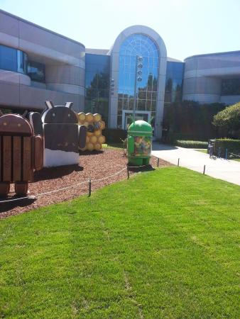 Google Android Lawn Statues: Android Garden Statues 2