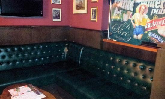 Pointer Pub Terez Krt The Club Sofa In Rear