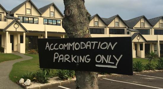 The Salty Dog Inn: Accommodation parking outside your room