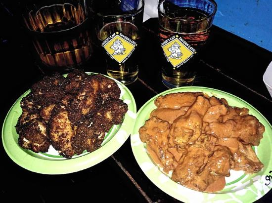 Parrot's Cay Tavern & Grill: Blackened Wings and Shark Wings! So GOOD!! AND BEER!!