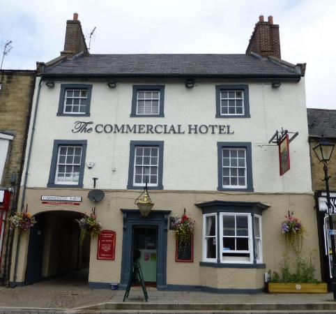 ‪The Commercial Hotel‬