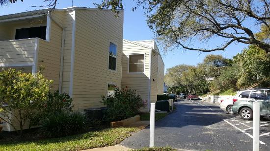 Quail Hollow Condominium: Spring Break with the family... Truly enjoyed our stay!