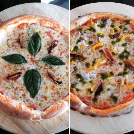 Sun n Sea Wood Fire Bistro : Italian pizza, Vegetarian pizza