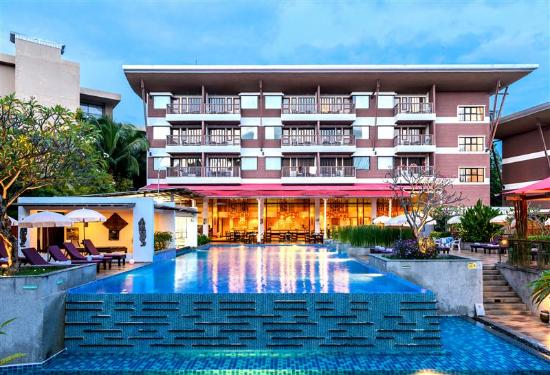 Peach Blossom Resort , Karon Beach