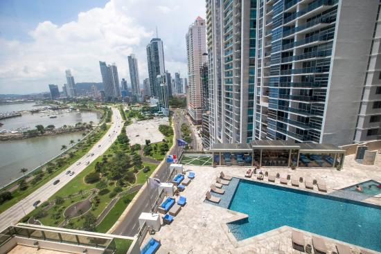 View along Cinta Costera - Picture of Hilton Panama ...