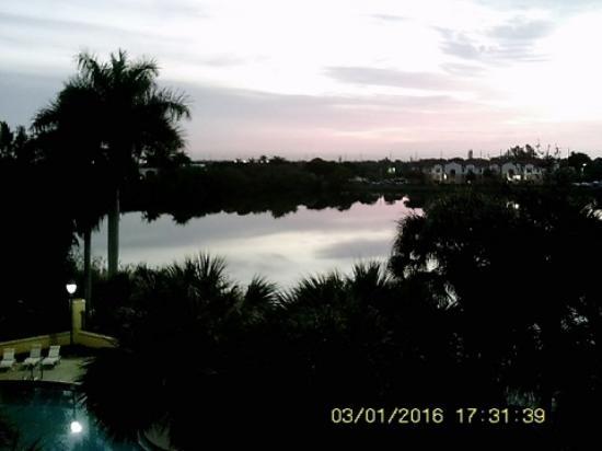 La Quinta Inn & Suites Ft. Lauderdale Airport Photo