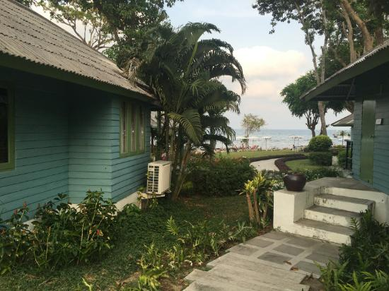 Sai Kaew Beach Resort: Ruhiger Bungalowbereich