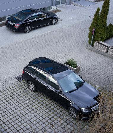 Ibis Budget Augsburg Gersthofen: Parkplatzsituation vor dem Hotel