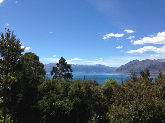 Lake Hawea, Νέα Ζηλανδία: View from deck of the house
