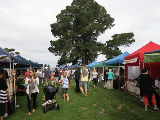 Tasmania, Australia: Hobart Twilight Market - Sandy Bay