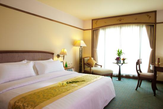 The Royal City Hotel: Deluxr room