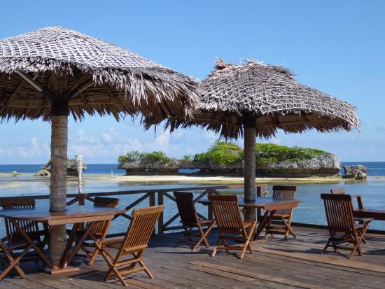 Patuno Resort Wakatobi: a nice place for sundowners!