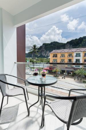 Phranang Place: Balcony
