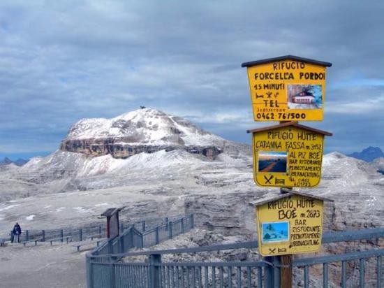 la vista del Sassolungo in inverno dal Sass Pordoi - Bild von La ...