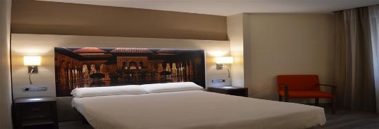 Corona de Granada Hotel: Habitación Doble Cama Matrimonio