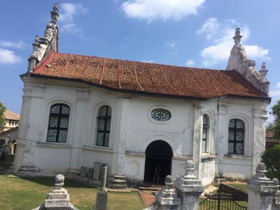 Dutch Reformed Church: outside from the Amangalla
