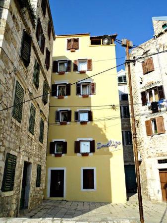 Indigo Hostel