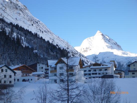 Hotel Büntali: From the Entrance