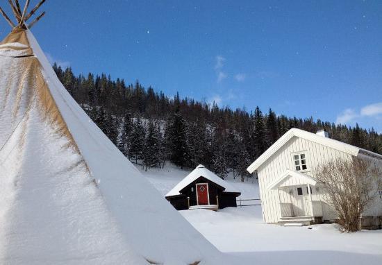 Mosjoen, Noruega: Telt-lavo og gammelstua