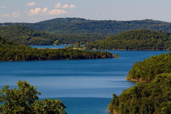 Lake Shore Cabins on Beaver Lake: AMAZING views!