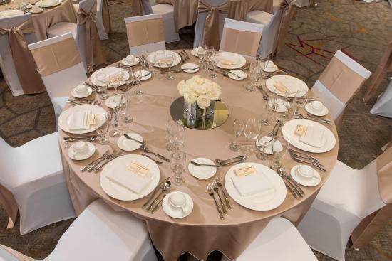 Courtyard Lafayette: Wedding