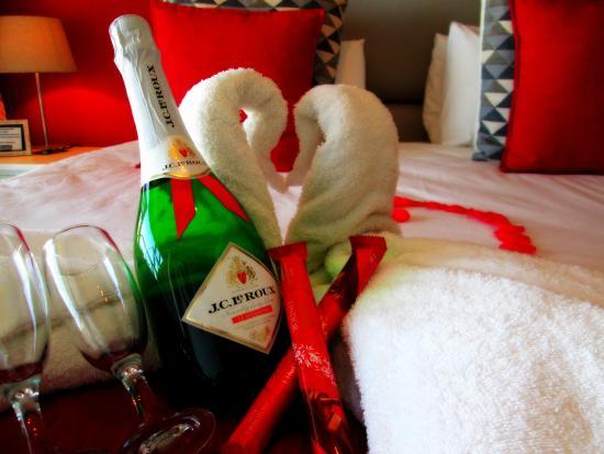 Brenton On Rocks Guesthouse: Honeymoon Package