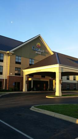 Comfort Inn Louisville: 0329160756_large.jpg