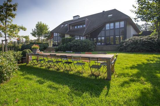 Estate Emelaar Lodge