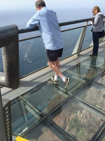 Cabo Girao: Glass floor - OMG - 580m down