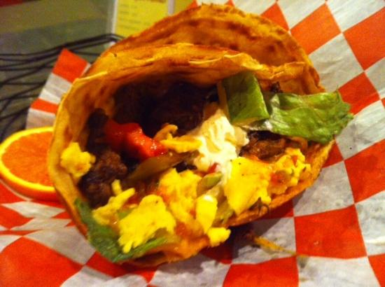 Auburn, AL: Breakfast crepes are served all day!