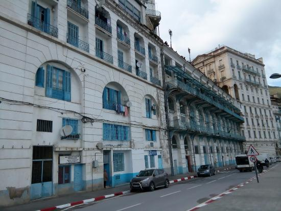 Bejaia, Algeria: place guydon vue du bas