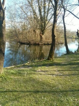 Lescar, Francja: Le lac des Carolins