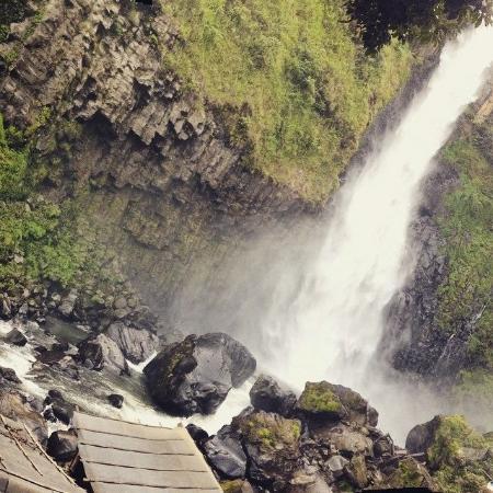 Makassar, إندونيسيا: The Waterfall