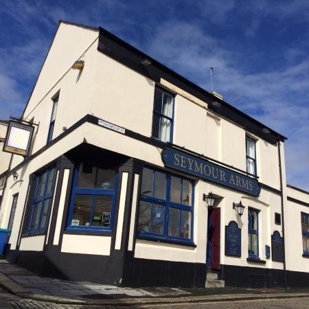 Seymour Arms pub