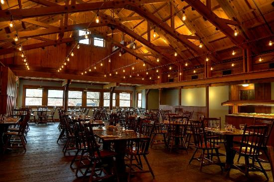 Brown County Inn >> Harvest Dining Room At Brown County Inn Nashville Menu Prices