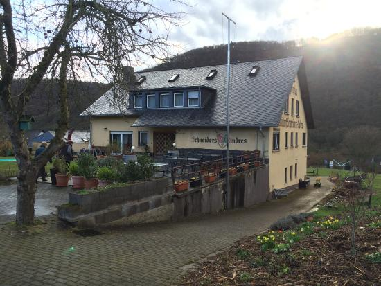 Mesenich, Germany: Pension-Weinhof Schneiders-Andres