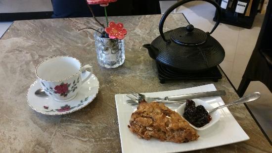 Iron Rose Tea Gallery