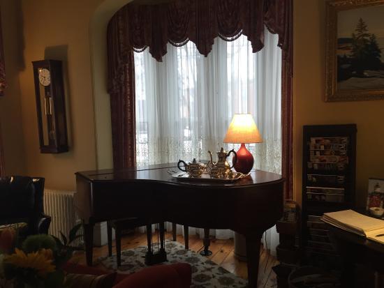 Inn On Carleton: photo3.jpg