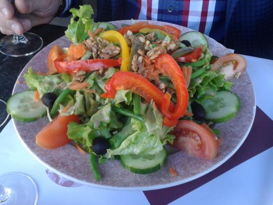 Restaurant Caf De La Table Ronde Dans Grenoble Avec Cuisine Fran Aise