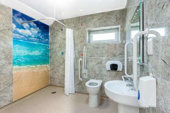 Vale of pickering caravan park updated 2017 campground for What s a wet room