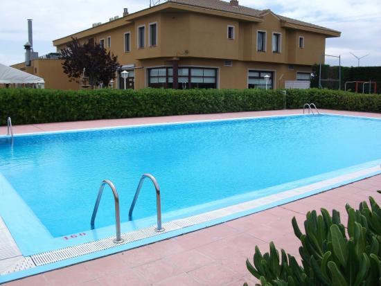 Hotel Zenit Calahorra: Piscina