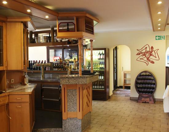 il carretto siciliano witten restaurant bewertungen telefonnummer fotos tripadvisor. Black Bedroom Furniture Sets. Home Design Ideas