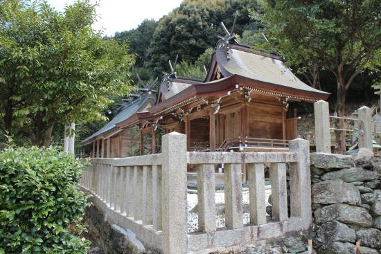 Niusakadono Shrine