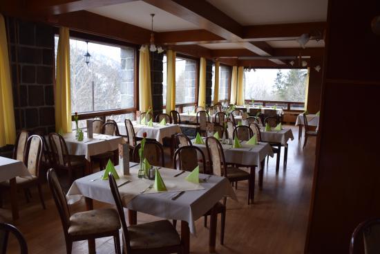 Brezno, Slowakije: Az étteremből szép a kilátás a környező hegyekre