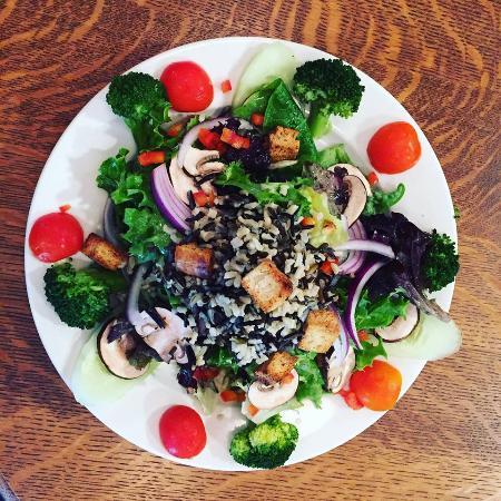Wellsville, Nowy Jork: Garden & Grain Salad