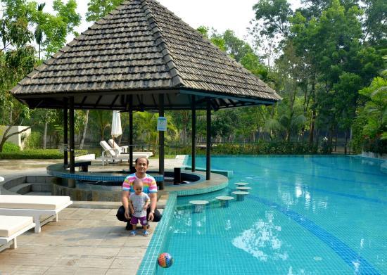 Family Rooms In Dusai Resort Bangladesh